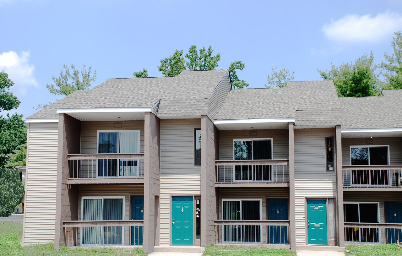 Summit Place Apartments